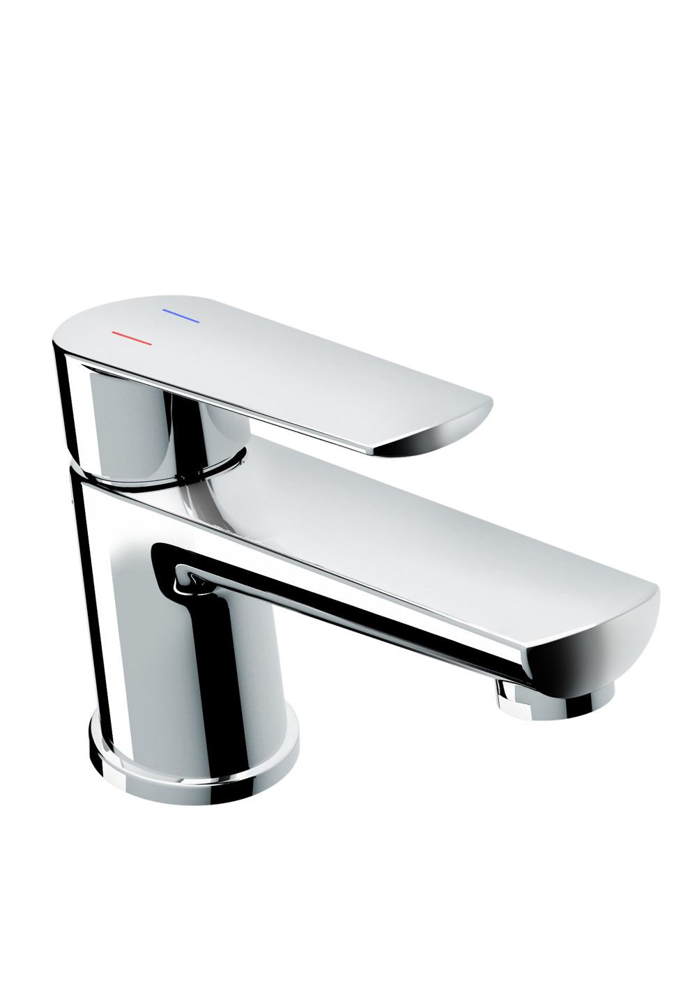 Byt blandare designade tvättställsblandare   hafa badrum